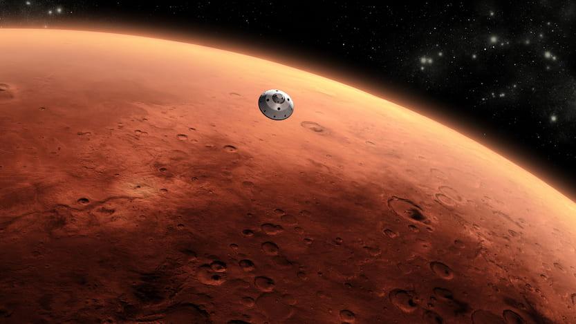 spacecraft approaching Mars